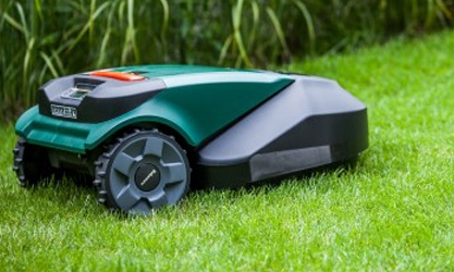 Robomow RS612 Review – Robotic Lawnmower
